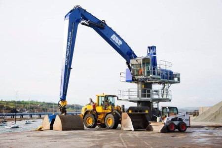Port of Teignmouth invests a further £900 000 into new equipment