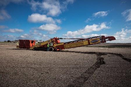 Superior Industries completes new Razerlink™ mobile conveyor