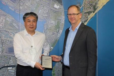 Port of Newcastle and Qinhuangdo Port celebrate 30-year partnership