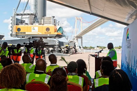 Maputo Ports adds two more Liebherr LHM 550 cranes to fleet