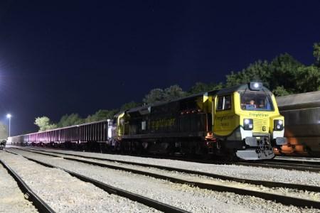 Freightliner jumbo train trial successful