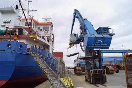 Shoreham welcomes first Barrett Steel shipment into port