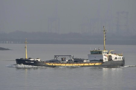 Port of Tilbury begins water-borne coastal deliveries for ADM Erith